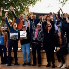 Vignette Photo dépôt pétition 5'500 signature pour un parc à la Pointe de la Jonction
